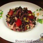 Салат «Венера» с черным рисом и морепродуктами
